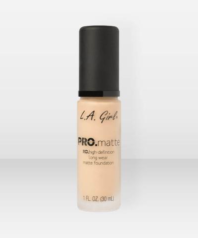 L.A. Girl  PRO.Matte HD Long Wear Foundation  Bisque