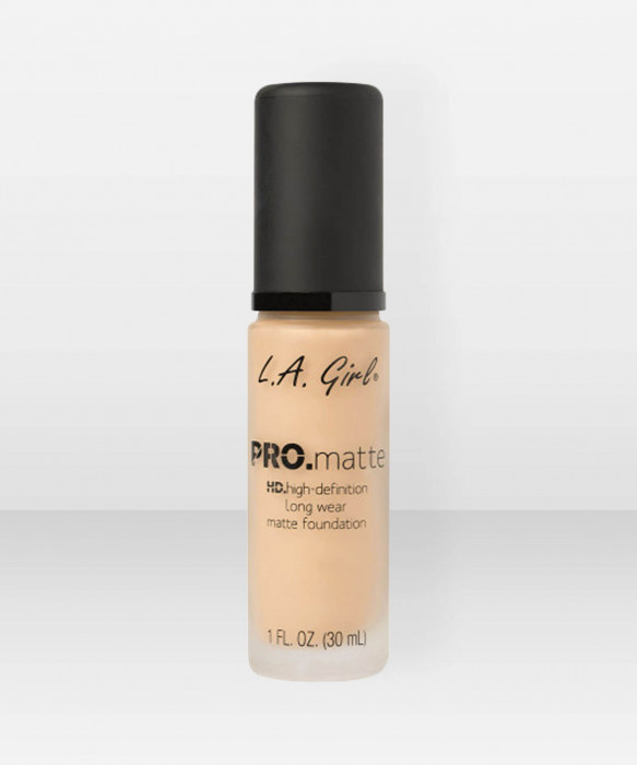 L.A. Girl  PRO.Matte HD Long Wear Foundation  Light Tan meikkivoide