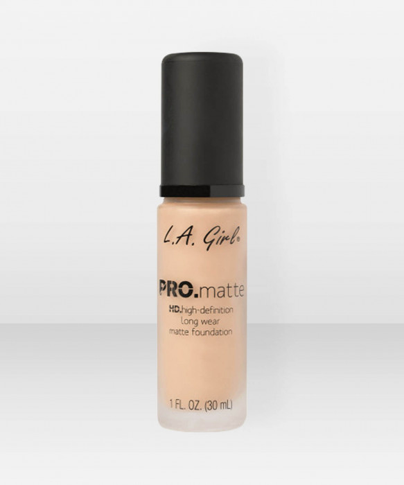 L.A. Girl  PRO.Matte HD Long Wear Foundation  Sand meikkivoide