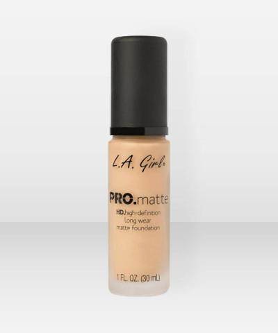 L.A. Girl  PRO.Matte HD Long Wear Foundation  Soft Honey