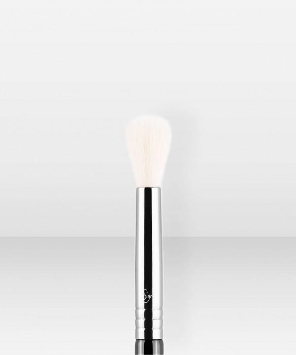 Sigma Beauty E35  Tapered Blending Brush luomivärisivellin