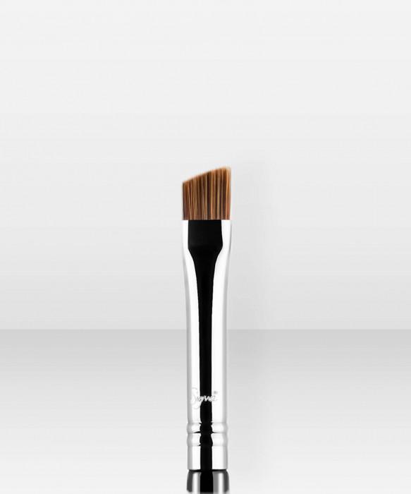 Sigma Beauty E75  Angled Brow Brush kulmakarvasivellin kulmasivellin
